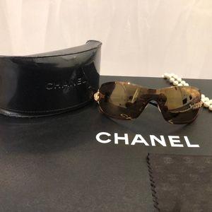 CHANEL Camelia Swarovski Crystal sunglasses